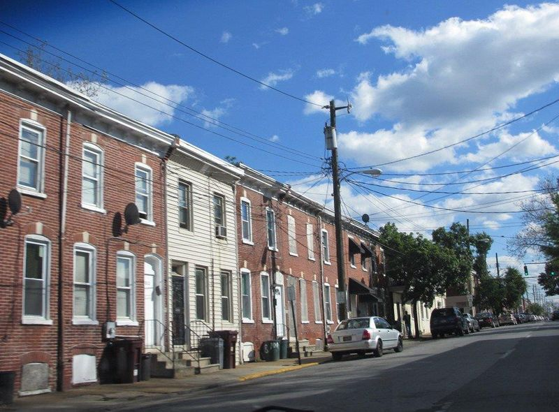 WKR 190926 Delaware row houses-1569502840493