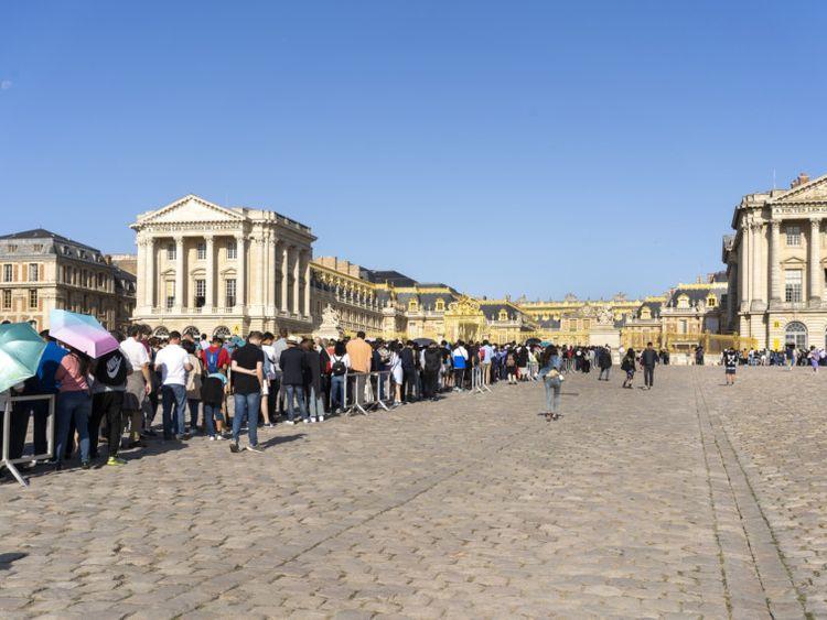 WKR Versailles 33.3-1569591069326