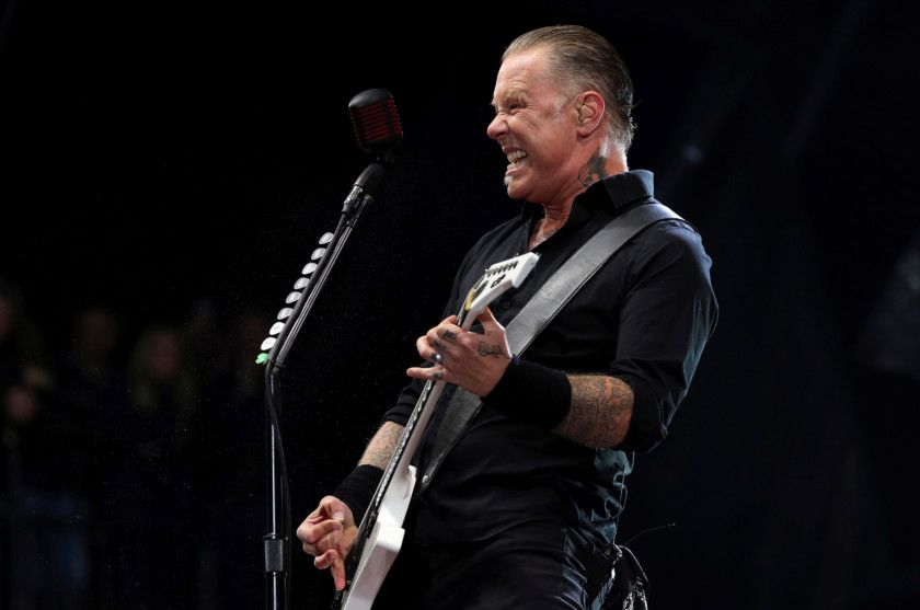 James Hetfield-1569657371968