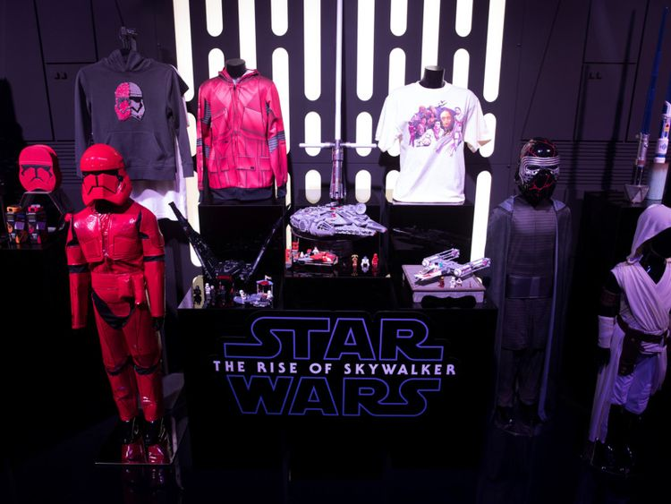 Star Wars memorabilia2-1569740174977