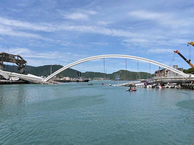 191001 bridge collapse