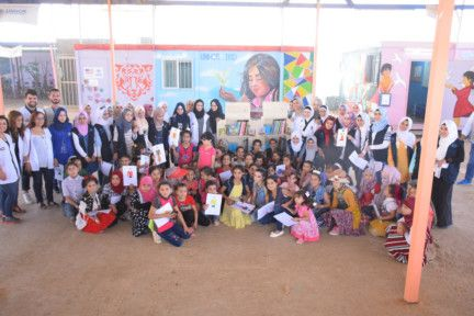NAT 191003  Kalimat Foundation Donates 2,000 Books to Al Zaatari Camp Children in Jordan1-1570104943510