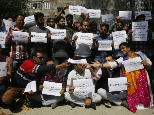WIN 191003  India_Kashmir_Journalists_Protest-1570103417730