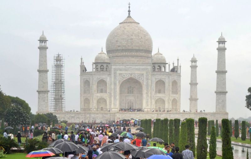 WIN INDIA TOURISTS-1570460699987