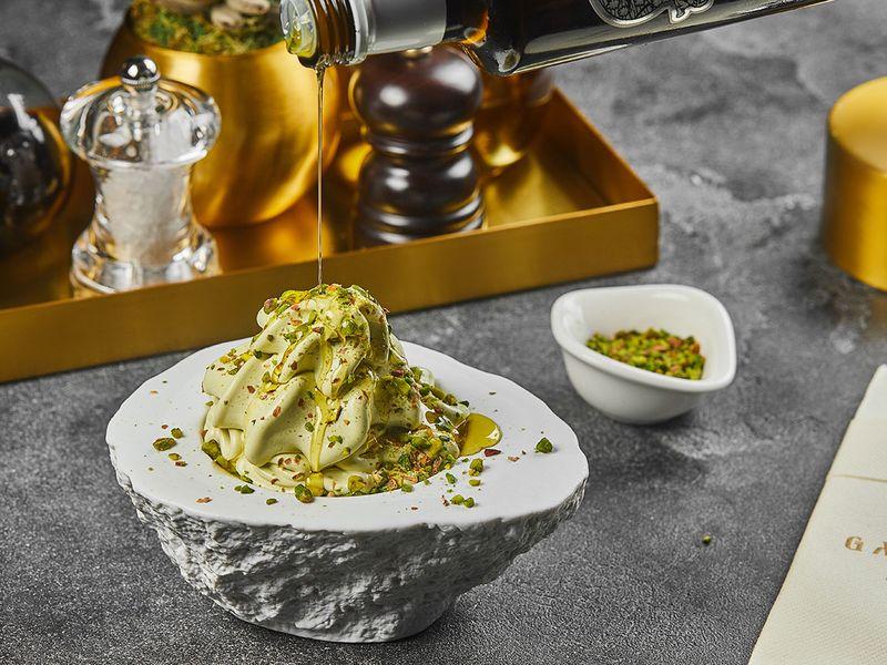 Olive oil pistachio