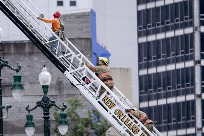 Copy of Hotel_Collapse_05441.jpg-b3680~1-1570945301509