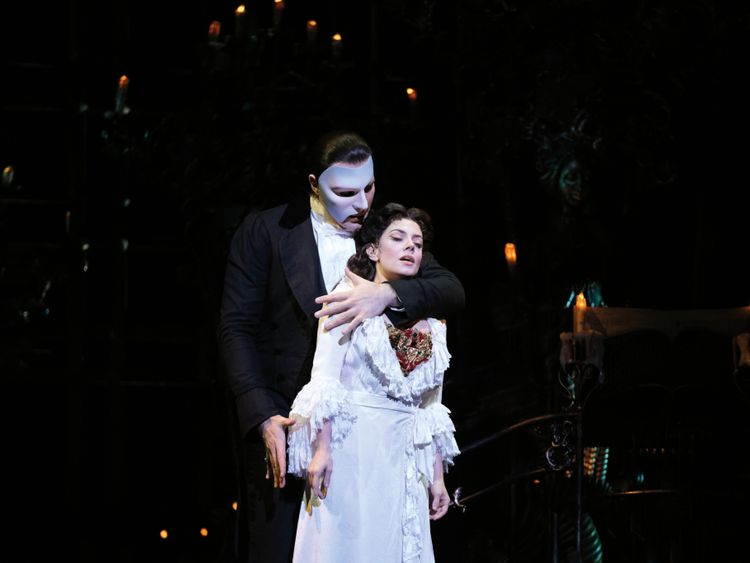 Phantom of the Opera (1)-1571144616485