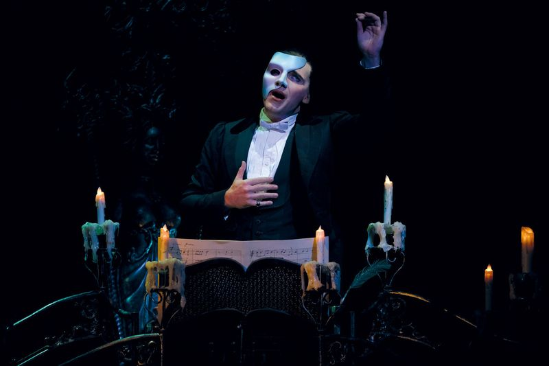 Phantom of the Opera (16)-1571144596680