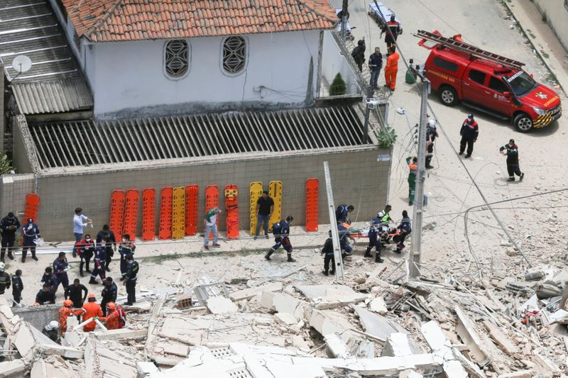 Copy of 2019-10-15T185556Z_1596530629_RC1A23BDEFE0_RTRMADP_3_BRAZIL-BUILDING-COLLAPSE-1571228548824