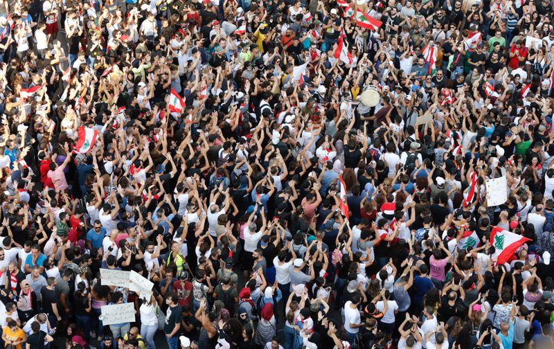 Copy of 2019-10-19T133331Z_693229406_RC1853591FE0_RTRMADP_3_LEBANON-PROTESTS-1571492714278