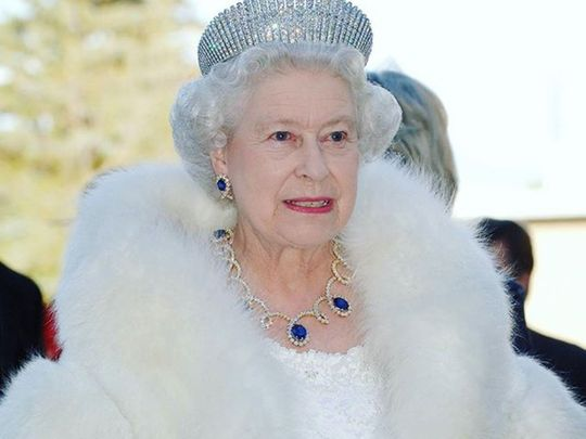Queen Elizabeth with jewellery from Dubai