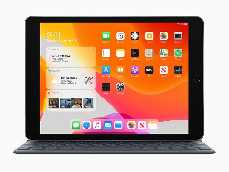 Apple_iPadOS-iPad-7th-Gen-Availability_Smart-Keyboard_092419