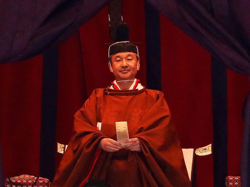 Japan_Enthronement_82932