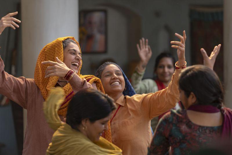 Saandh Ki Aankh Review (9)-1571752790442