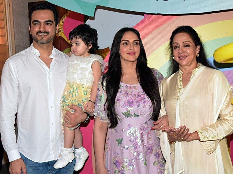 Hema Malini and Esha Deol and husband Bharat Takhtani