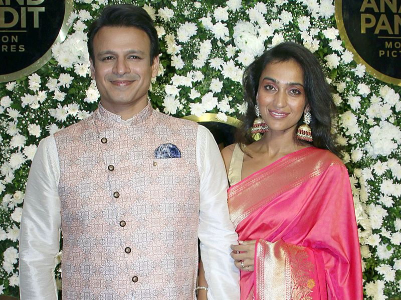 Vivek Oberoi along with wife Priyanka Alva Oberoi