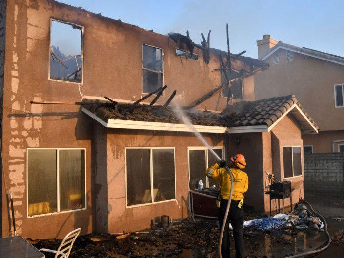 California_Wildfires_13-1571981750492