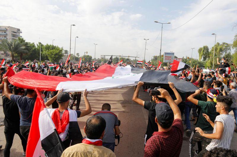 Copy of 2019-10-25T071710Z_483175116_RC150BFA41D0_RTRMADP_3_IRAQ-PROTESTS-1571989352102