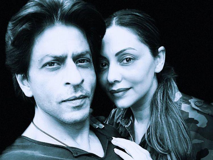 SRK and Gauri-1571986584134