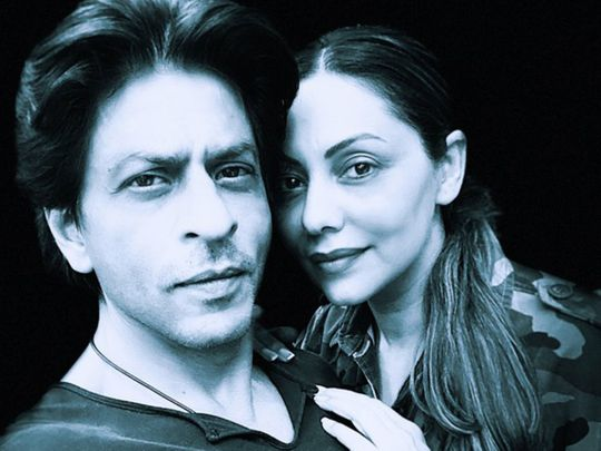 SRK and Gauri-1571986584134