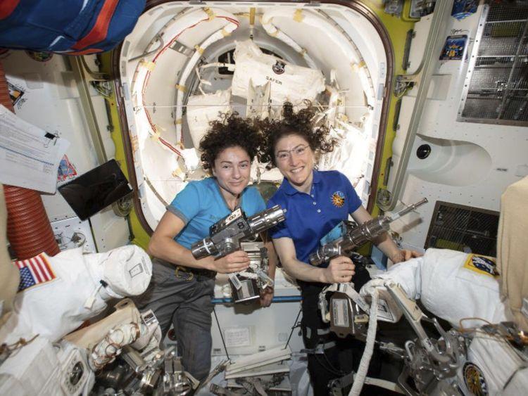 WKR 191023 Spacewalk22-1572020233012