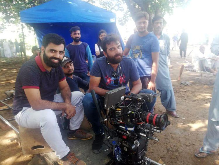 Director Tahir Mehmood at the shoot of GAWAH REHNA-1572240870576