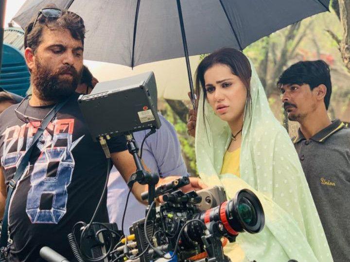 Ghana Ali at the shoot of GAWAH REHNA-1572240866654