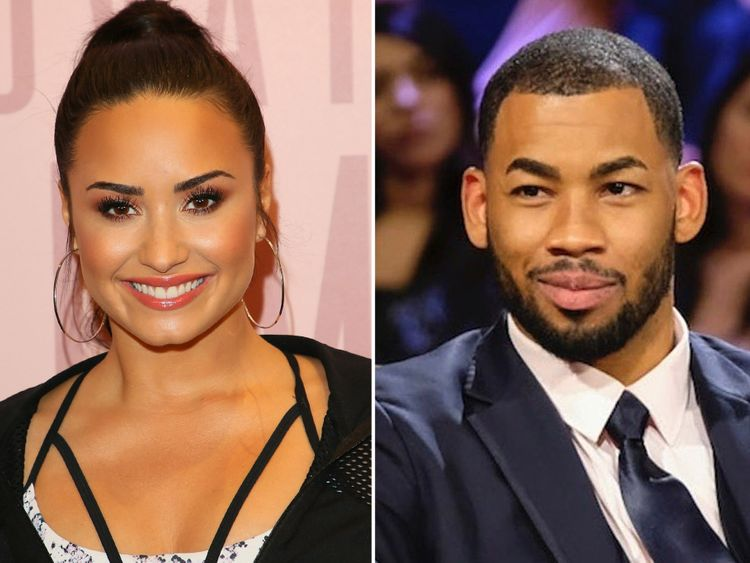 TAB 191030 Demi Lovato AND Mike Johnson-1572418284031