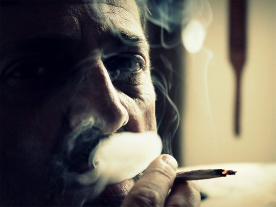 Heavy smoking makes smoker look older
