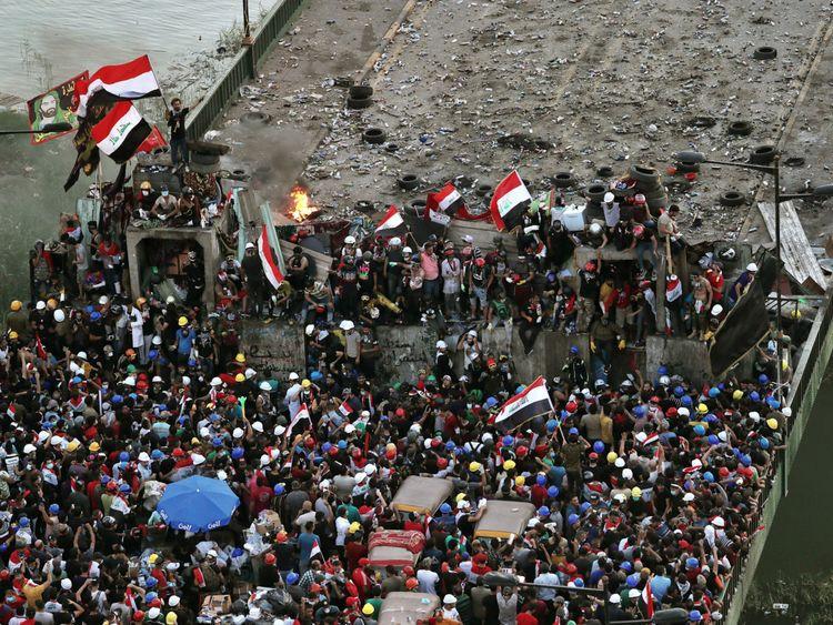 REG Iraq protests.-1572609091079