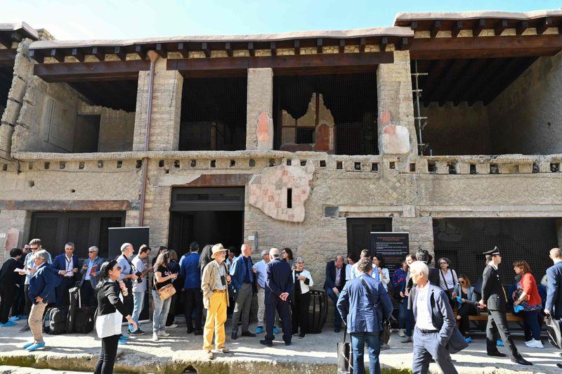 WKR 191031 Pompeii-1572625110050