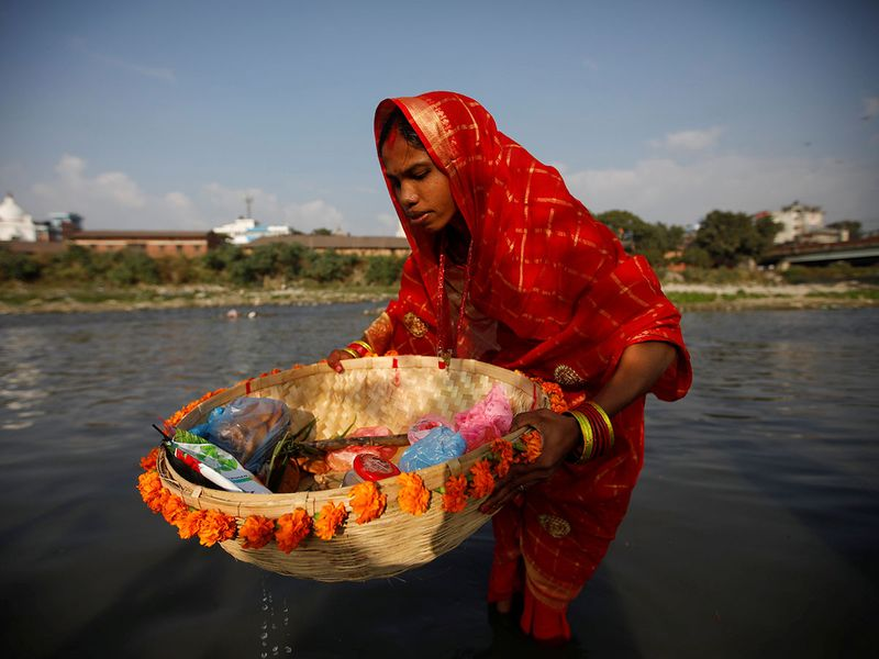 2019-11-02T122533Z_1827956262_RC19D1D1B450_RTRMADP_3_RELIGION-CHHATH-(Read-Only)