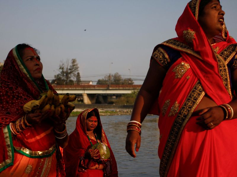 2019-11-02T122557Z_1926082584_RC113B699580_RTRMADP_3_RELIGION-CHHATH-(Read-Only)