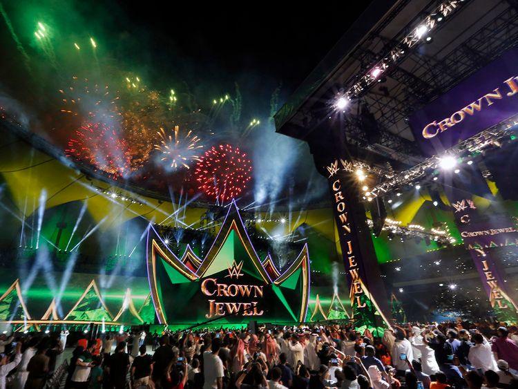 20191103_WWE2