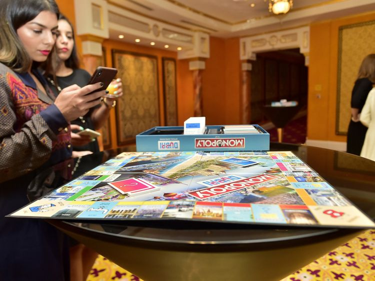 NAT 191104 Monopoly CE11-1572941794203