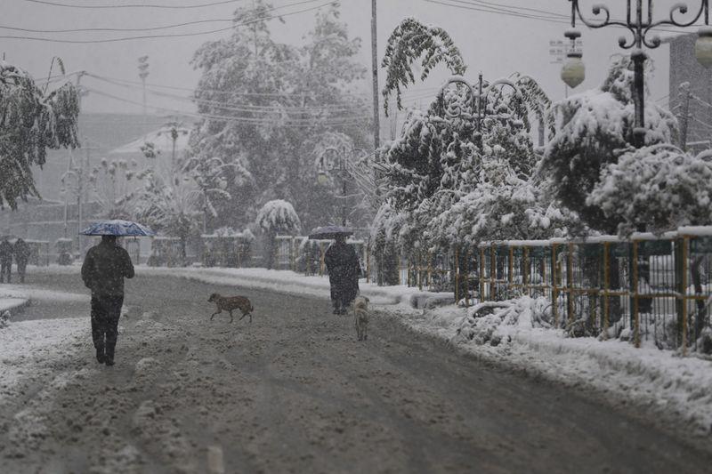 Copy of India_Kashmir_Weather_22164.jpg-01382-1573123158846