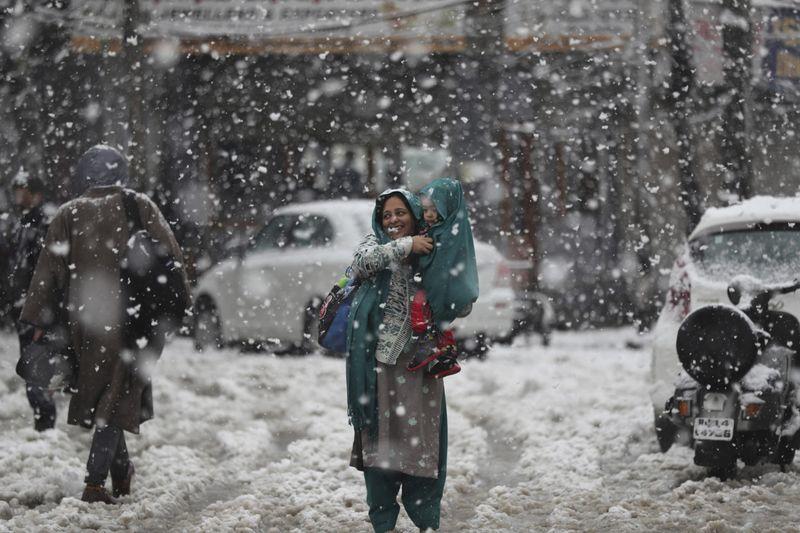 Copy of India_Kashmir_Weather_71209.jpg-b4c89-1573123205629