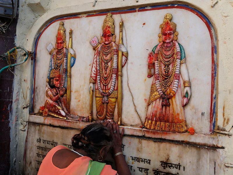 Copy-of-India_Temple_Dispute_05914