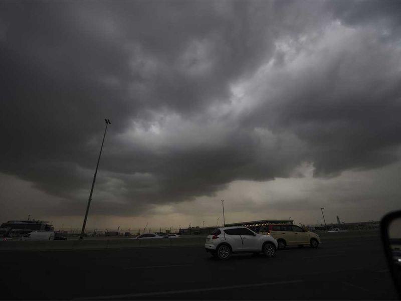 191110 dark clouds