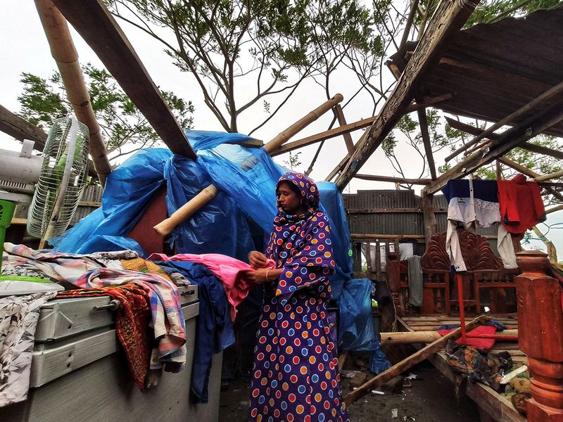 2019-11-10T152459Z_543101839_RC2F8D955WKT_RTRMADP_3_BANGLADESH-WEATHER-(Read-Only)