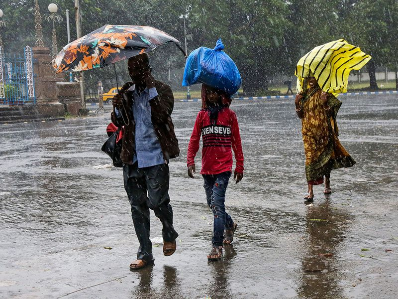 India_Bangladesh_Cyclone_66128