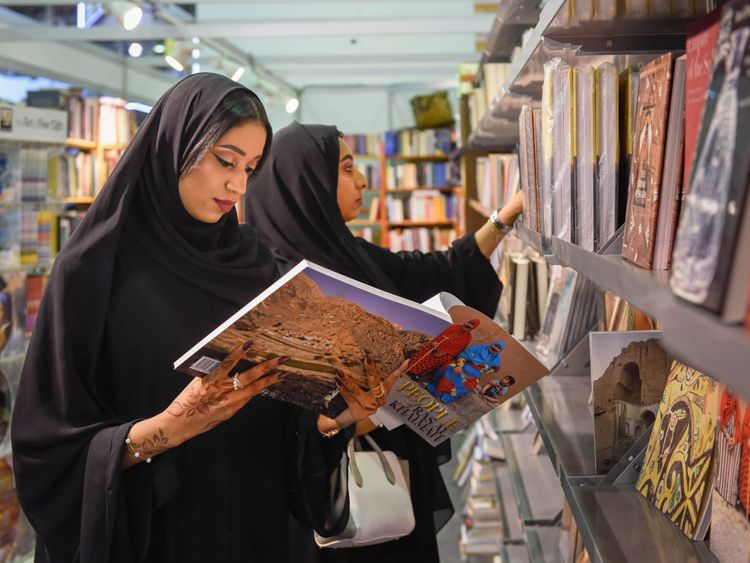 NAT SHJ BOOK FAIR111-1573388999875