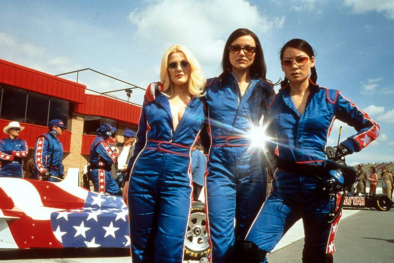 Drew Barrymore, Cameron Diaz, and Lucy Liu in Charlie's Angels (2000)-1573570874891