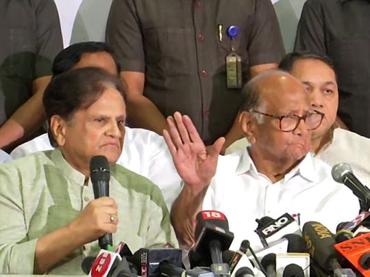 NCP Chief Sharad Pawar and Congress leader Ahmad Patel