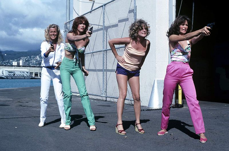 Tanya Roberts, Jaclyn Smith, Patti D'Arbanville, and Cheryl Ladd in Charlie's Angels (1976)-1573570872633