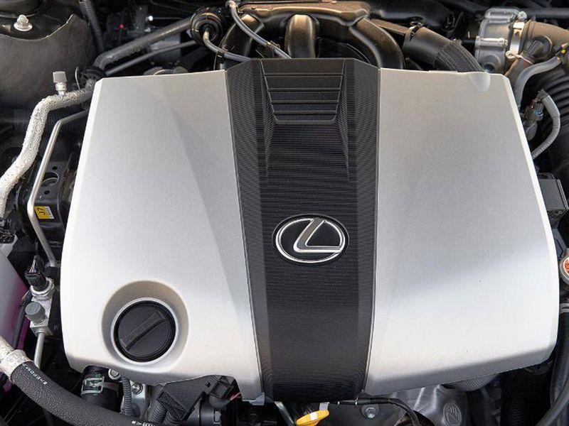 Auto Lexus ES engine