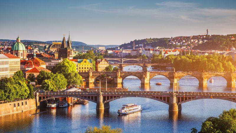 Prague-1573711736014