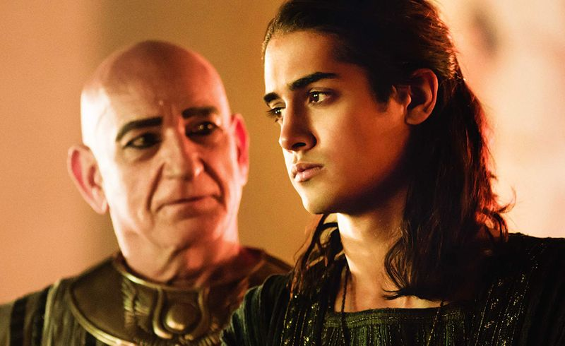 Ben Kingsley and Avan Jogia in Tut-1573908085191