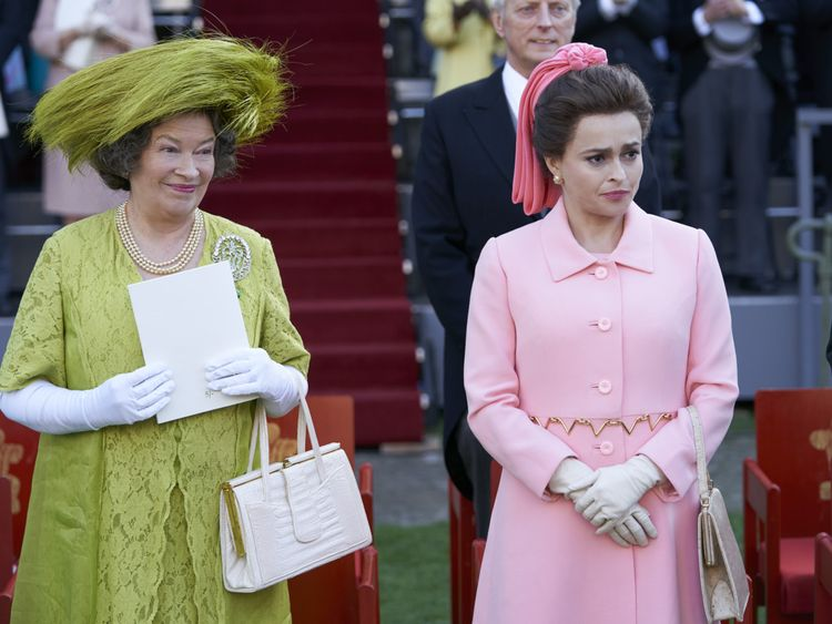 The Crown review5-1573909872027