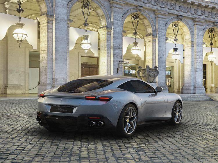 Auto Ferrari Roma